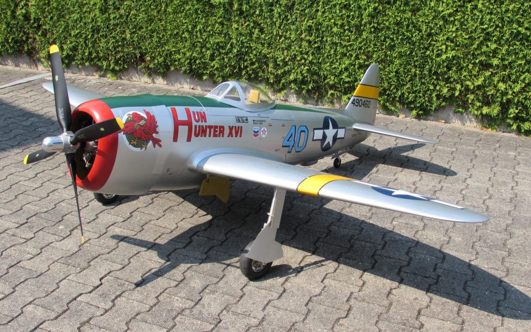 P 47 Thunderbolt Bausatz 1:4,4